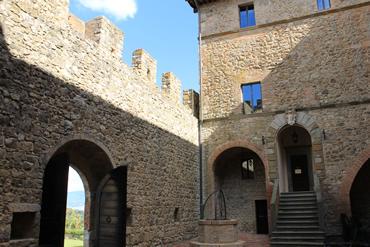 CastelloBanfi_Foto02