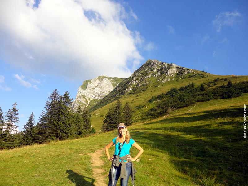 Marlise com a montanha Moreson ao fundo