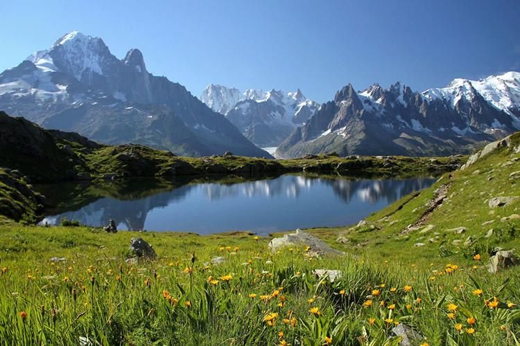 Brèvent e Frégère oferecem muitas opções de trilha durante o verão.