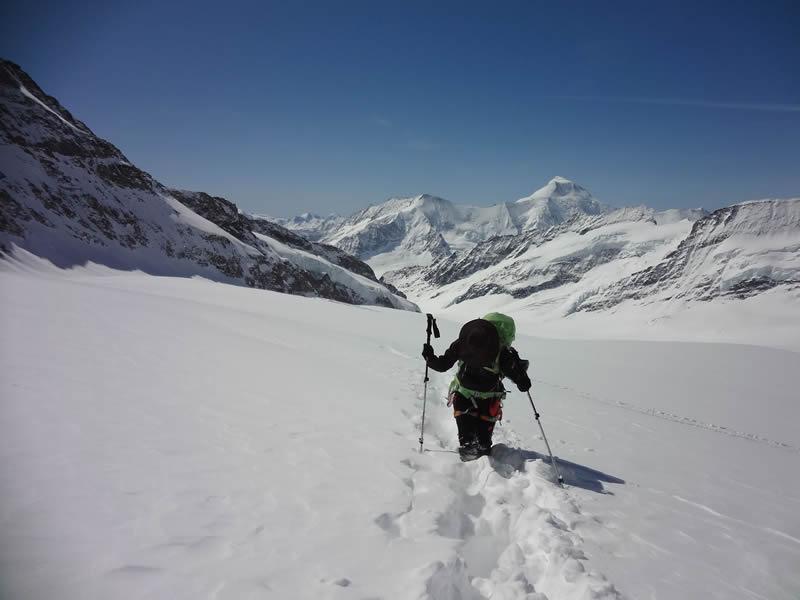 O caminho até o início da escalada, propriamente dita, foi bem difícil