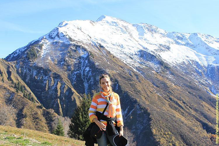 ... e o topo da montanha coberto de neve