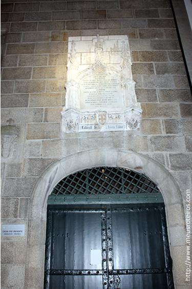 Entrada principal da Casa do Infante