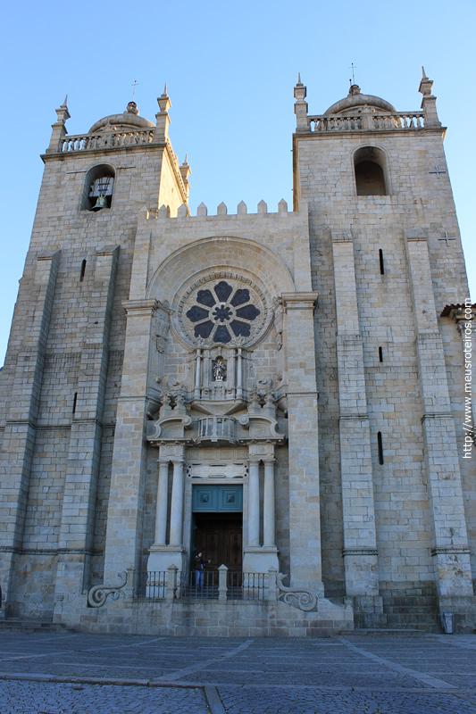 Fachada da Catedral Sé do Porto