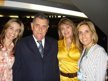 Deputado Arnaldo Faria de Sá conosco, após a aprovação do PL