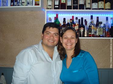 Eduardo e a esposa Andréa, proprietários do restaurante