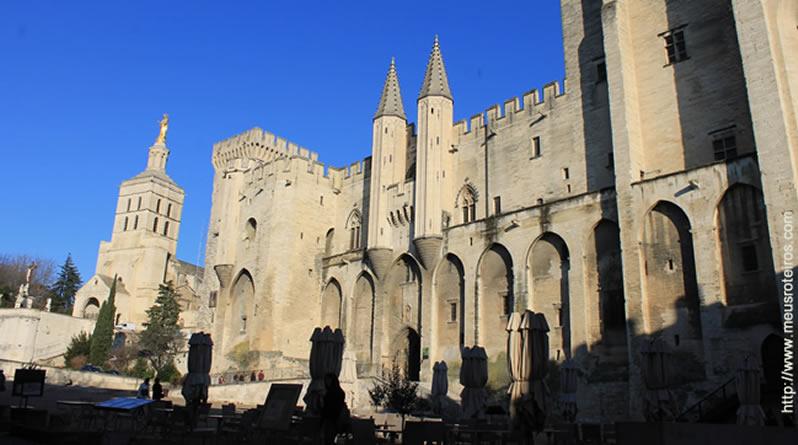 Palais des Papes: o maior palácio gótico do Ocidente!