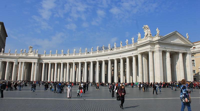 """Vaticano: um passeio pelo menor """"país"""" do mundo!"""