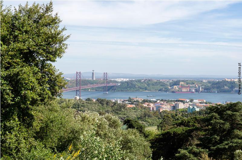 Miradouro dos Montes Claros (Lisboa)