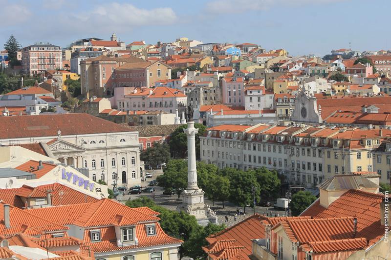 Miradouro dos Terraços do Carmo (Lisboa)