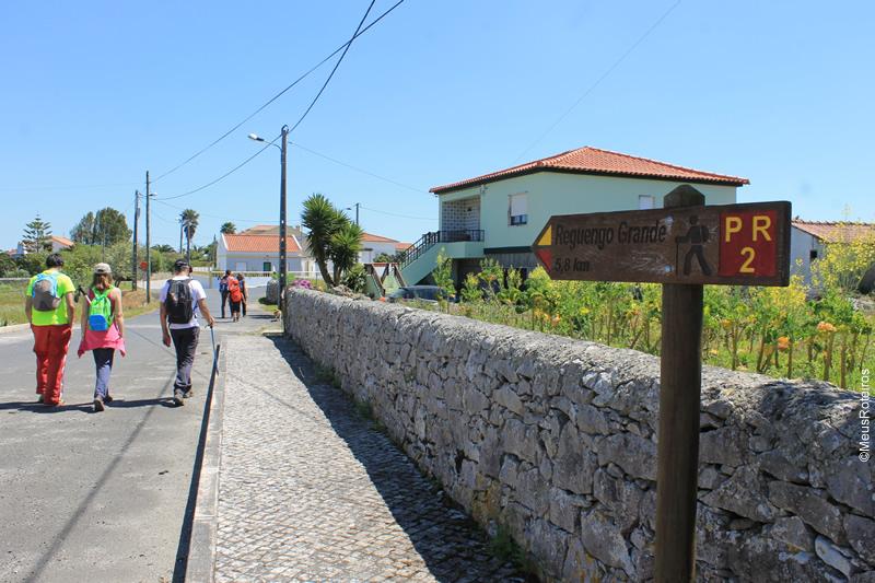 Portugal: seta indicando a distância até o próximo destino