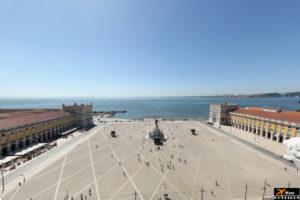 Arch of Augusta Street Viewpoint (Lisbon) / Miradou