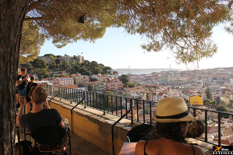 Graça Viewpoint (Lisbon) / Miradouro da Graça (Lisboa)