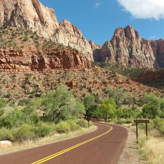 Zion Canion USA Nossa trilha de hoje! Ser que precisahellip